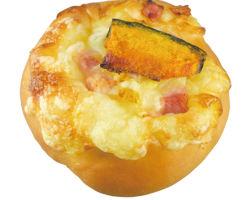 かぼちゃベーコンチーズパン